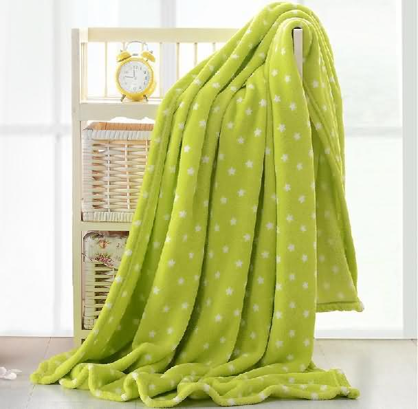 Start print coral fleece blanket
